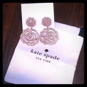 Kate Spade NWT rose gold flower earring NWT
